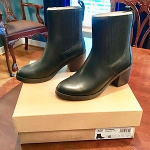 BRAND NEW UGG Camden Leather Boots sz 5 Orig $130